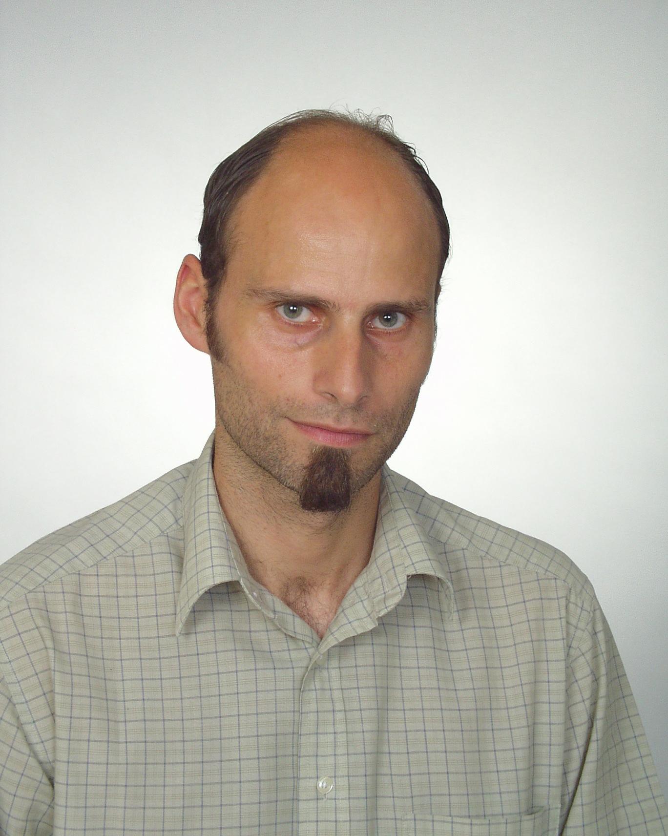 Dr. Michal Schvarc