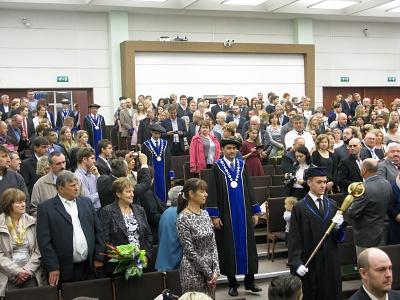 dac42982fed9 Promócie absolventov FF UMB
